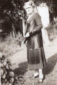Harry T. Burn's mother, Febb Burn.